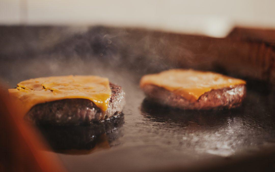 Cómo hacer la hamburguesa perfecta para el verano
